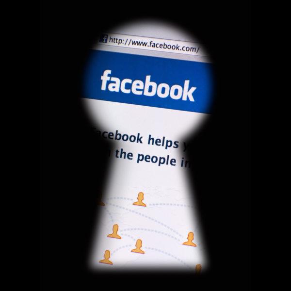 Cómo eliminar todo el contenido de Facebook sin eliminar la cuenta